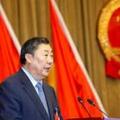 市南区人大常委会主任韩连德同志向大会作报告