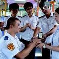 爱在七夕:驾驶员爱上调度员 公交上求婚(图)