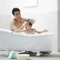 冬季频洗澡皮肤受不了 教你冬季该如何保养皮肤