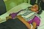 巴基斯坦警方5日说,旁遮普省中部地区一名女子违背家族指婚传统,与心爱男子私定终身,遭父兄枪击后沉河。幸运的是,女子活了下来,入院救治,现情况稳定。